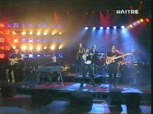 Dirotta su Cuba 1997 live @RAI3